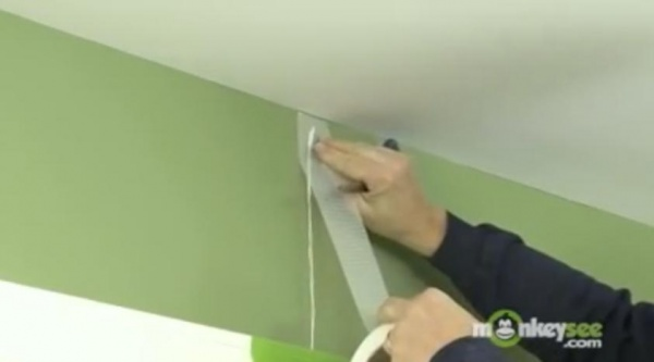 Como reparar grietas en paredes de drywall
