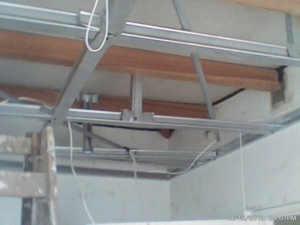 Reparación de techo con drywall