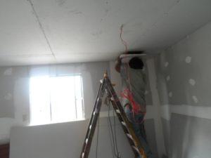 Estrategias para reparar paredes y techos con drywall